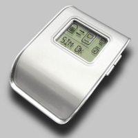 Η συσκευή αυτή έχει την δυνατότητα να αποθηκεύει με ευκολία τα δεδομένα της Sim κάρτας.Αποθηκεύει πάνω από 250 νούμερα τηλεφώνων (μνήμη 8ΚΒ).Δεν απαιτείται σύνδεση της συσκευής με Η/Υ.Διατηρείστε τον τηλεφωνικό σας κατάλογο σε περίπτωση απώλειας του κινητού σας.Διαθέτει οθόνη στην οποία προβάλλεται ο τηλεφωνικός σας κατάλογος.Υποστηρίζει την ανταλλαγή δεδομένων μεταξύ διαφορετικών καρτών Sim.